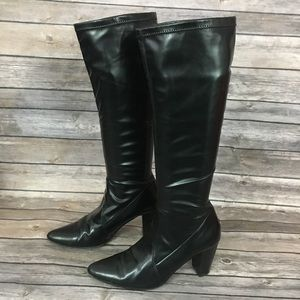 Donald J Pliner Stretchy Pull On Boot